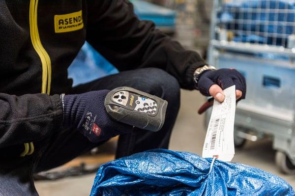 Asendia Scanning parcel